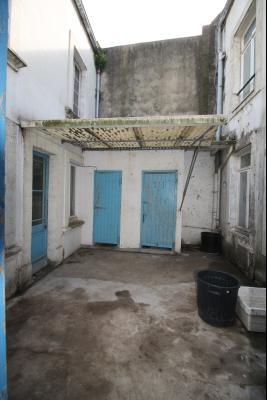 Immeuble mixte commerce et habitation -  BOULOGNE SUR MER université proche port