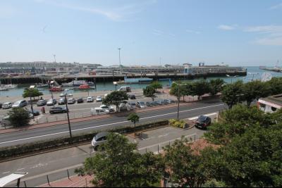 Investissez pour 6 studettes louées face aux ports avec bonne rentabilité