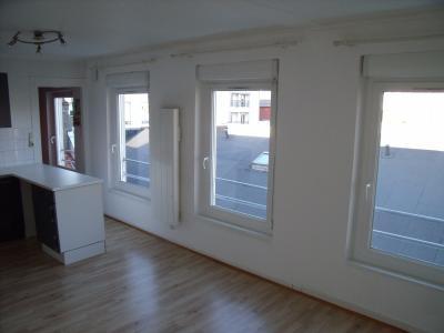 Appartement au coeur du centre Ville, entièrement rénové. Bail locatif en cours