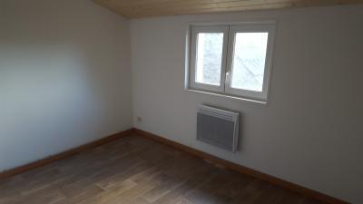 Location LUMBRES,  90 m² - 4 pièces