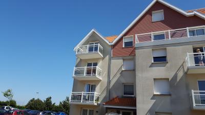 ST MARTIN BOULOGNE, Résidence avec ascenseur - 80 m2 - Balcon, parking