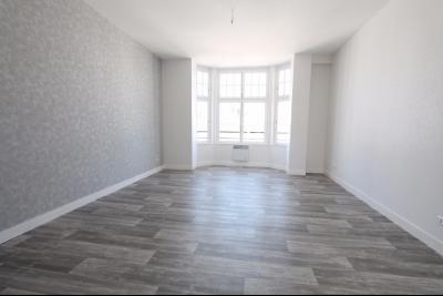Appartement 2 chambres en résidence avec ascenseur hyper centre