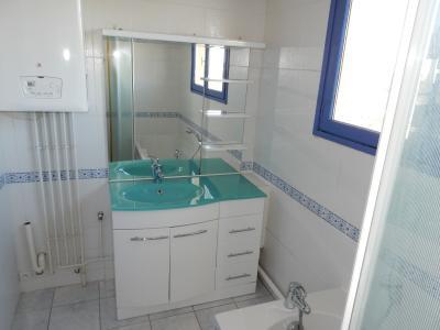 Location ST LEONARD, Appartement 70 m² - 3 pièces