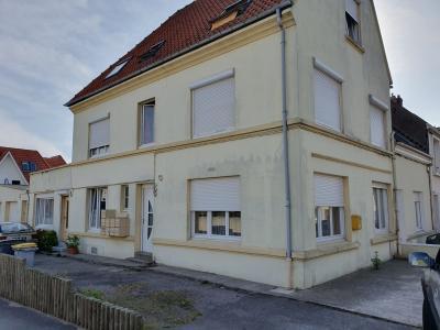 Location ST MARTIN BOULOGNE, Appartement 22 m² - Terrasse