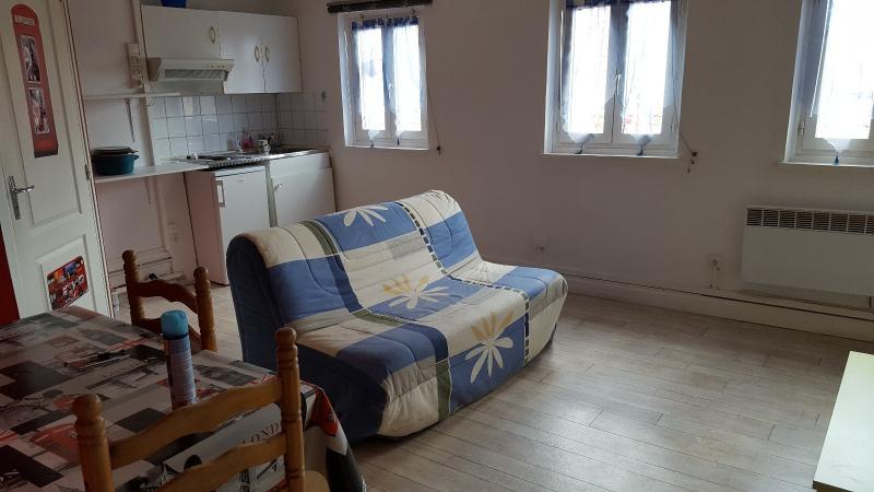 location boulogne sur mer appartement meubl 2 pi ces. Black Bedroom Furniture Sets. Home Design Ideas
