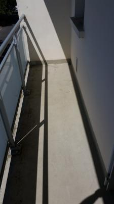 TALENCE AU 2ND SUR 3 STUDIO VIDE 25m2+ BALCON