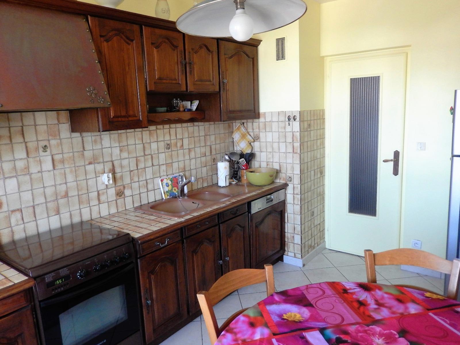 Grand appartement type 3 vendre sur la commune d for Achat maison annemasse