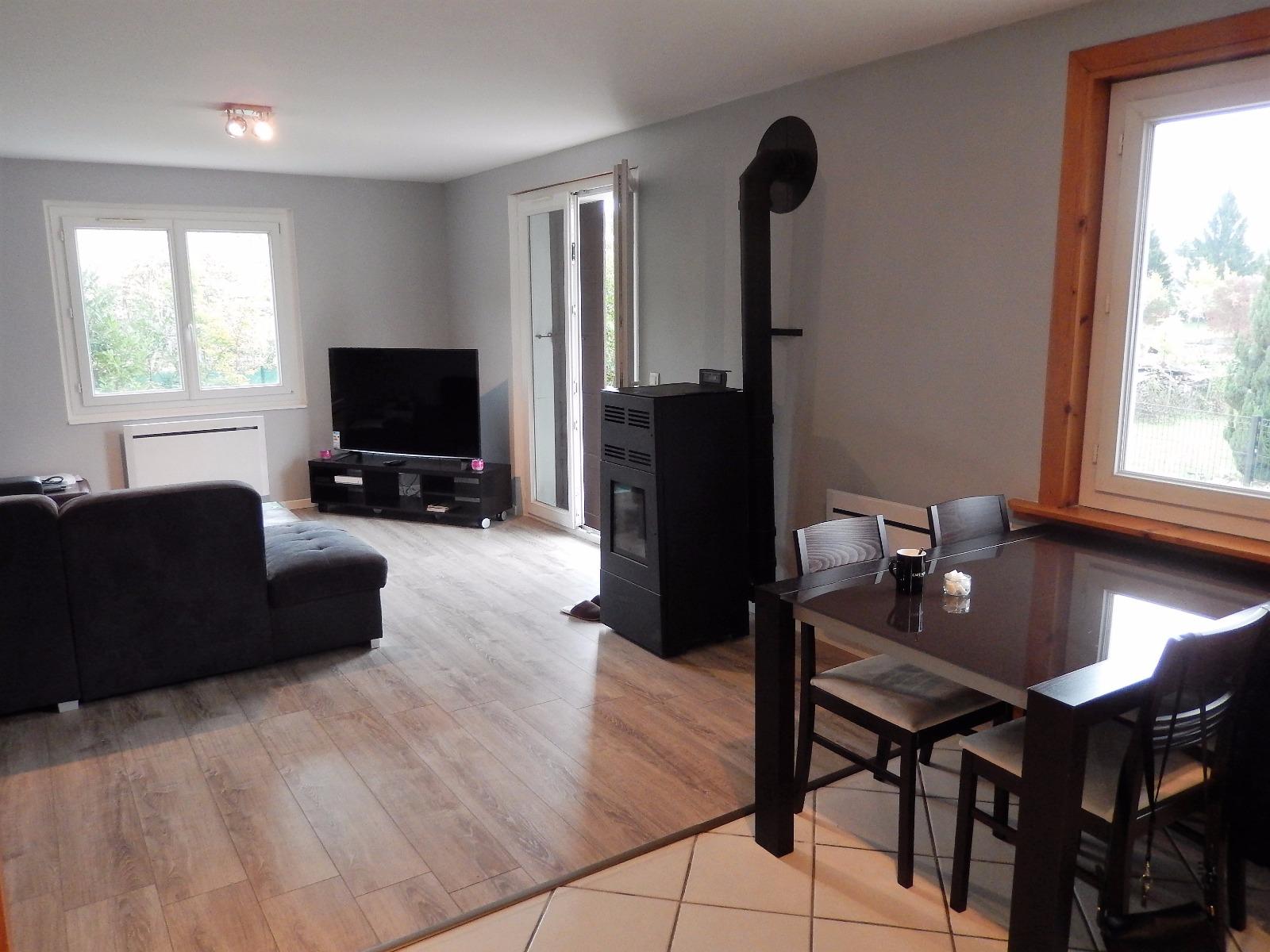 T3 vendre avec terrasse dans une maison annemasse mab for Appartement dans maison