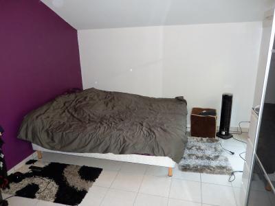 Vue: Appartement T3 Bonneville Chambre, Appartement T3 au dernier étage avec terrasse à vendre à Bonneville
