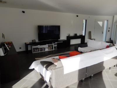 Vue: Maison Juvigny Salon, Villa contemporaine à vendre à Juvigny proche douane