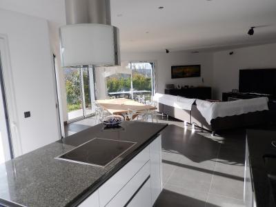 Vue: Maison Juvigny Cuisine Salle à manger Salon, Villa contemporaine à vendre à Juvigny proche douane
