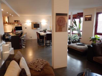 Vue: Appartement T3 Annemasse Salon Salle à manger Cuisine, Grand appartement neuf et contemporain à vendre au centre ville d