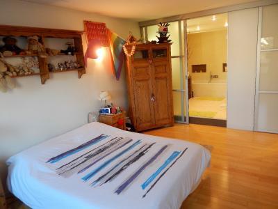 Vue: appartement t3 annemasse Chambre Salle de bains, Grand appartement neuf et contemporain à vendre au centre ville d