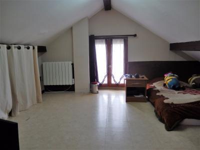 Vue: Appartement T3Bis Annemasse Salle à manger Salon, Appartement de Type 3 Bis avec terrasse et jardin à vendre dans une maison à Annemasse