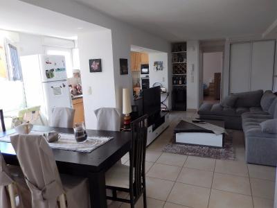 Vue: Appartement T3 Lucinges Salle à manger Salon Cuisine, Appartement T3 à vendre avec Terrasse et Jardin à Lucinges