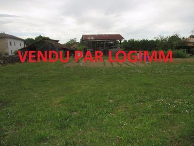 a vendre terrain 1561 m2