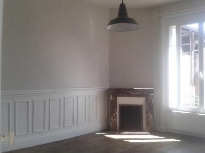 Location NOGENT LE ROTROU, Maison de ville 66 m² - 3 pièces