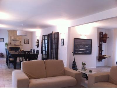 Vente MALE, villa 187 m² - 7 pièces