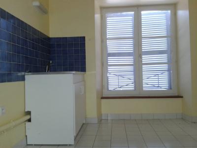 Location NOGENT LE ROTROU, Maison de ville 63 m² - 3 pièces