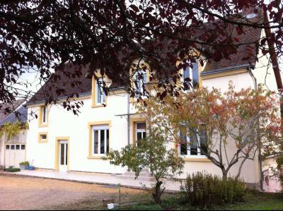 Location NOGENT LE ROTROU, Maison de ville 146 m² - 7 pièces