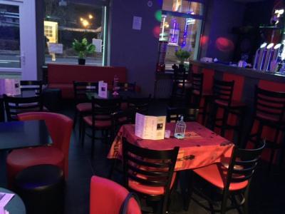Vue: Exploitable de suite, Vall�e de la Fensch : Caf�, Brasserie, Club karaok�