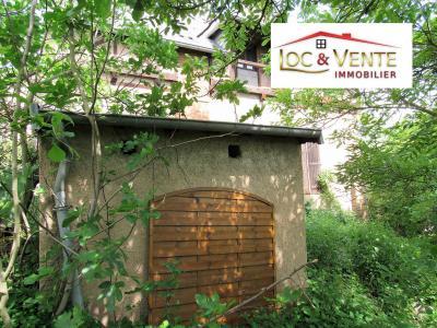 Vue: Jardin de 238m², Vente RICHEMONT, a r�nover belle b�tisse de style 107 m�