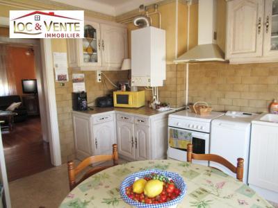 Vue: Cuisine aménagée 13m², Vente TALANGE, Appartements 72 m� - 2 chambres