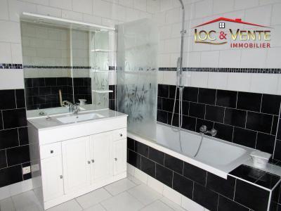 Vue: Salle de bain moderne - 5,65m², Vente THIONVILLE, Appartement 58 m� - 2 chambres