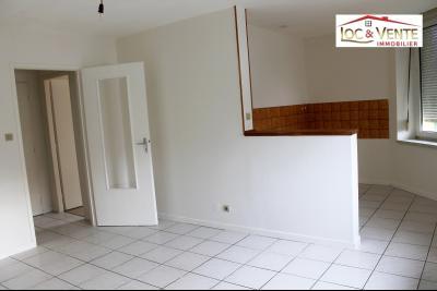 Vue: Séjour de 15m², Appartement F3 de 57m� - Parking + Cave (Malancourt)