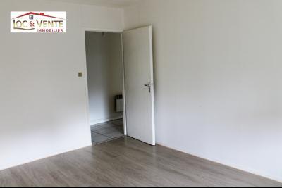 Vue: Chambre 2, Appartement F3 de 57m� - Parking + Cave (Malancourt)