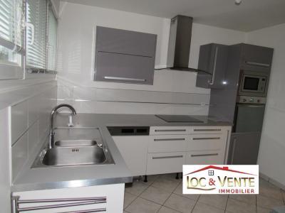 Vue: Cuisine équipée, aménagée, Location GANDRANGE, Appartements 80 m� - 4 pi�ces