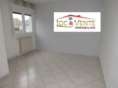 Vue: Salon de 10.41m², Location GANDRANGE, Appartements 80 m� - 4 pi�ces