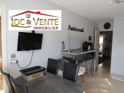 Vue: Cuisine aménagée et équipée de 13.20m², Vendu ROMBAS, Appartements 3 chambres - 98m2 + Terrasse