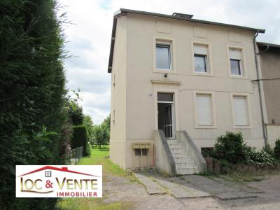 Vue: Immeuble de 3 appartements F3, Maison de 3 appartements F3