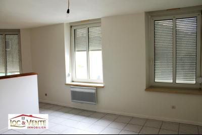Vue: Appartement en RDC - 57m², Immeuble de 4 appartement(s) de 191m�