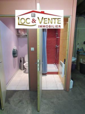 Vue: Bloc sanitaire, Local d