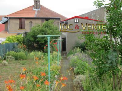 Vue: Terrain clos de 450m², Vente GANDRANGE, Maison 70 m� - 2 chambres - Terrasse - jardin - garage