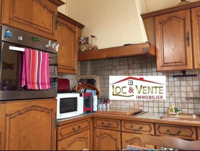 Vue: Cuisine équipée aménagée, Vente ROMBAS, Maison 117 m� - 4 chambres