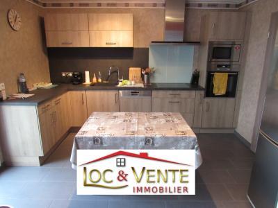 Vue: Cuisine aménagée, équipée (12m²), Vente VOLSTROFF, Maison individuelle 136 m� - 7 pi�ces