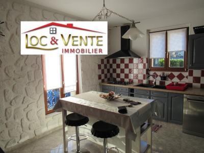 Vue: Cuisine, Vente METZ, Maison 170 m� - habitation F6 +1 studio + 1F1