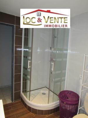 Vue: Douche dans salle de bain + baignoire, Vente METZ, Maison 170 m� - habitation F6 +1 studio + 1F1