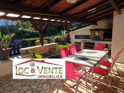 Vue: Très belle terrasse : Vente immobilière METZ 57050, Vente METZ, Maison 170 m� - habitation F6 +1 studio + 1F1
