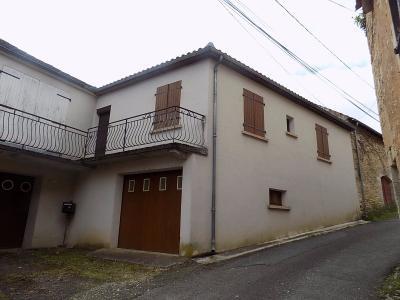 Maison de Bourg avec jardin et garage