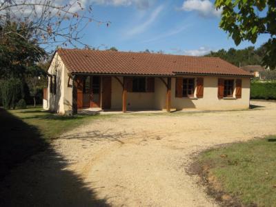 Dordogne, beau plain-pied avec piscine et jardin clos CENAC ET SAINT JULIEN