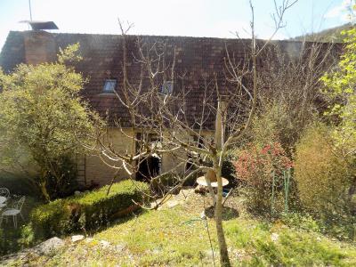 P�rigord noir, beaucoup de charme pour cette maison en pierre de 120 m� hab