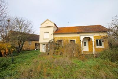 Maison et grange  sur 7237 m² FAJOLES