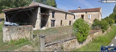 Lot, Ancien corps de ferme à finir de restaurer sur 2251 m² de terrain CAZALS