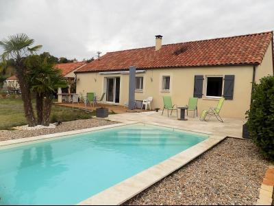 Plain-pied de 92 m² habitable, piscine et jardin SALVIAC