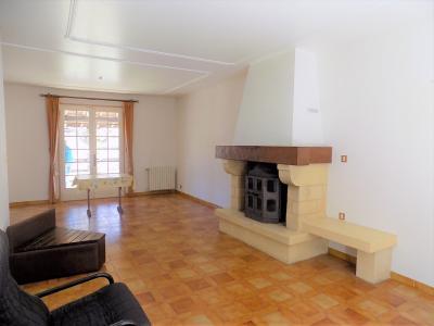 Dordogne, Maison tr�s agr�able � vivre de 140 m� sur 2500 m� bois�