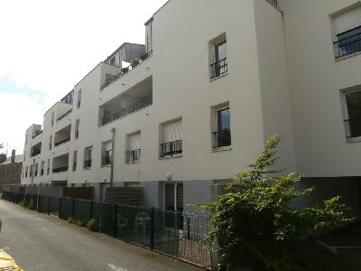 ST BRIEUC  CENTRE VILLE - T2 R�CENT 42m�